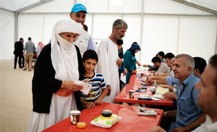 Cash Assistance for Displaced Families in Bajet Kandala IDP Camp - Iraq - 2015